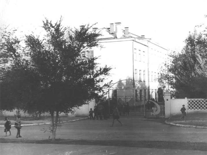 Школа имени Дорохова